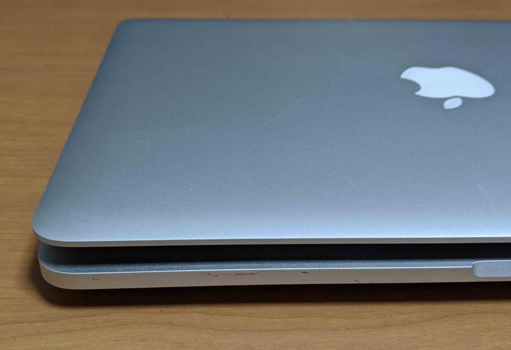 バッテリーが膨張したMacBook Pro